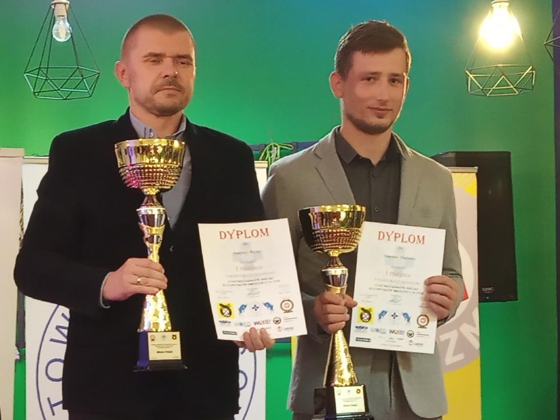 Andrzej-Wyzga i Mateusz Machnik ratownicy drogowi Automobilklubu Mieleckiego mistrzami Polski 2019