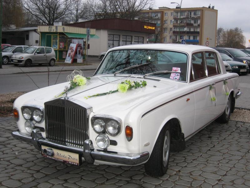 foto -Pojazdy zabytkowe w Automobilklubie.