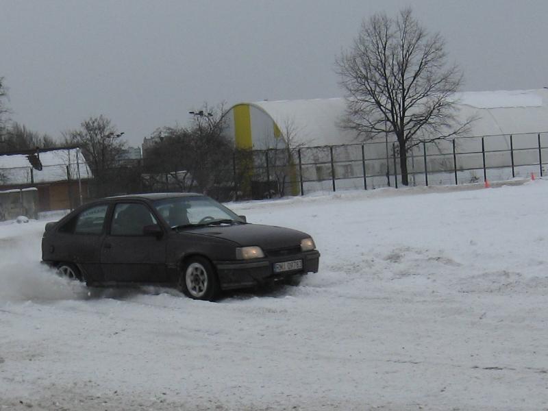 foto -Porady dla kierowców na zimowe dni.