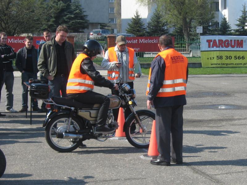 foto -Zespół Szkół w Radomyślu Wielkim zwycięzcą Powiatowego Turnieju Motoryzacyjnego.