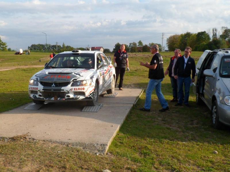 foto -Grzegorz Dul - 13 miejsce w klasyfikacji generalnej RSMP,  2 miejsce w klasie N  69 Rajdu Polski. Mi