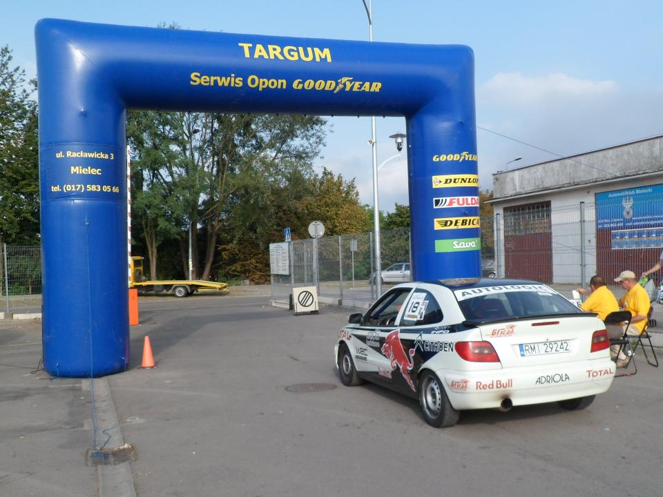foto -Samochodowe Mistrzostwa Mielca z okazji obchodów Dni Mielca.