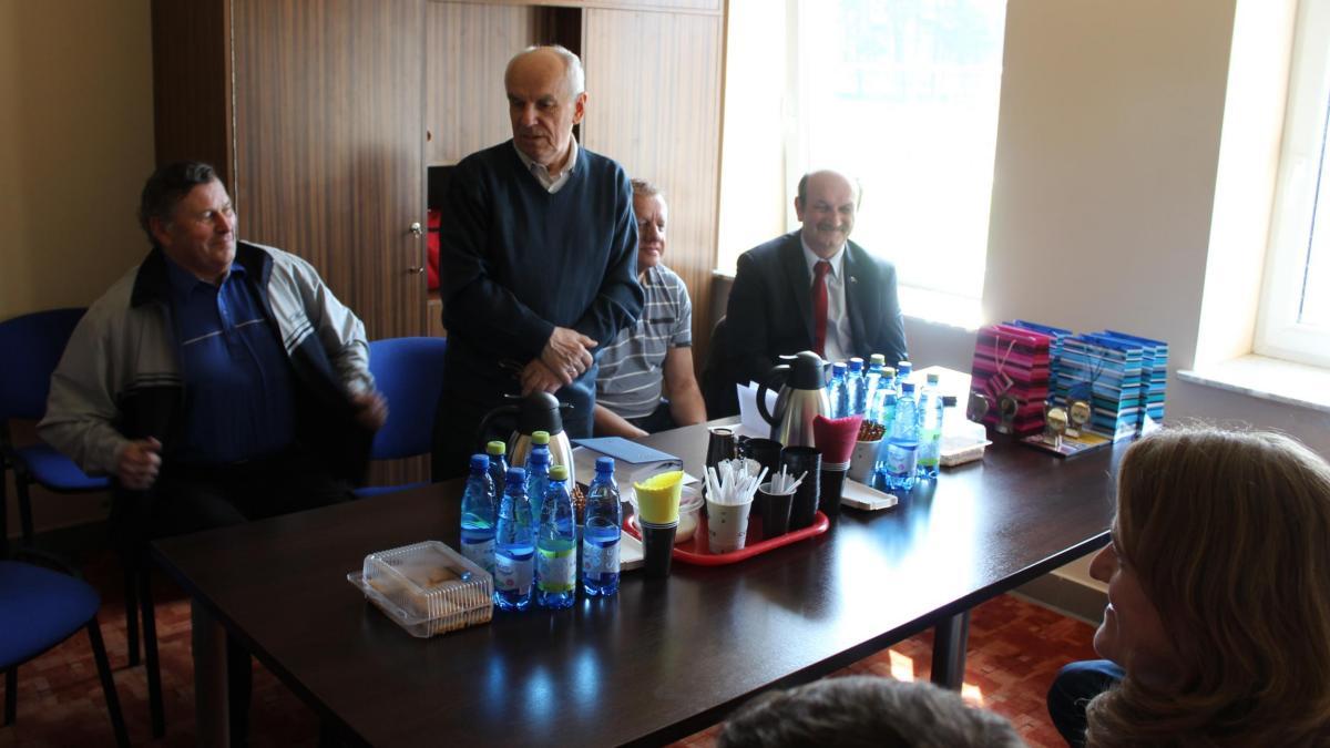 foto -Spotkanie robocze Komisji Sportu i Rekreacji RM Mielca z Zarządem i Członkami Automobilklubu Mieleck