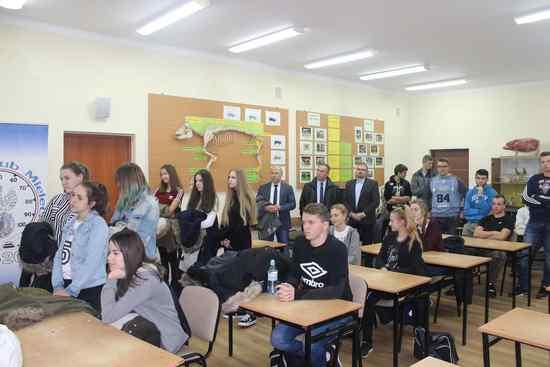 foto artykuł - Drużyna Zespołu Szkół Budowlanych im. Żołnierzy Armii Krajowej w Mielcu najlepsza.