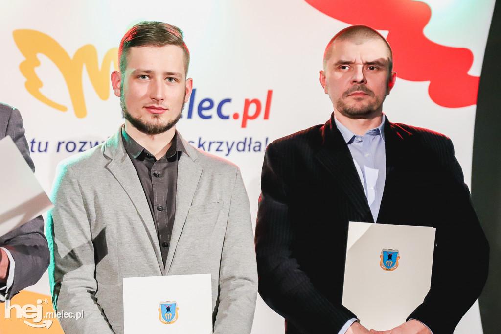 foto -Wyróżnienia mieleckich sportowców.