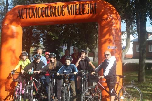 foto -Współzawodnictwo rowerowe BRD w Rzochowie